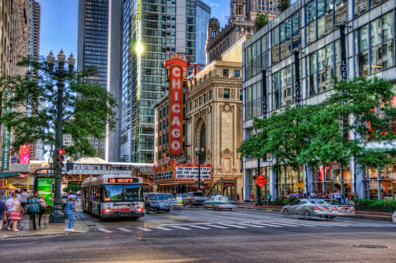 The Chicago Theatre (take II)